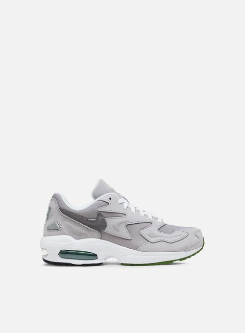 Outlet e Saldi Sneakers Basse Nike Air Max 2 Light LX