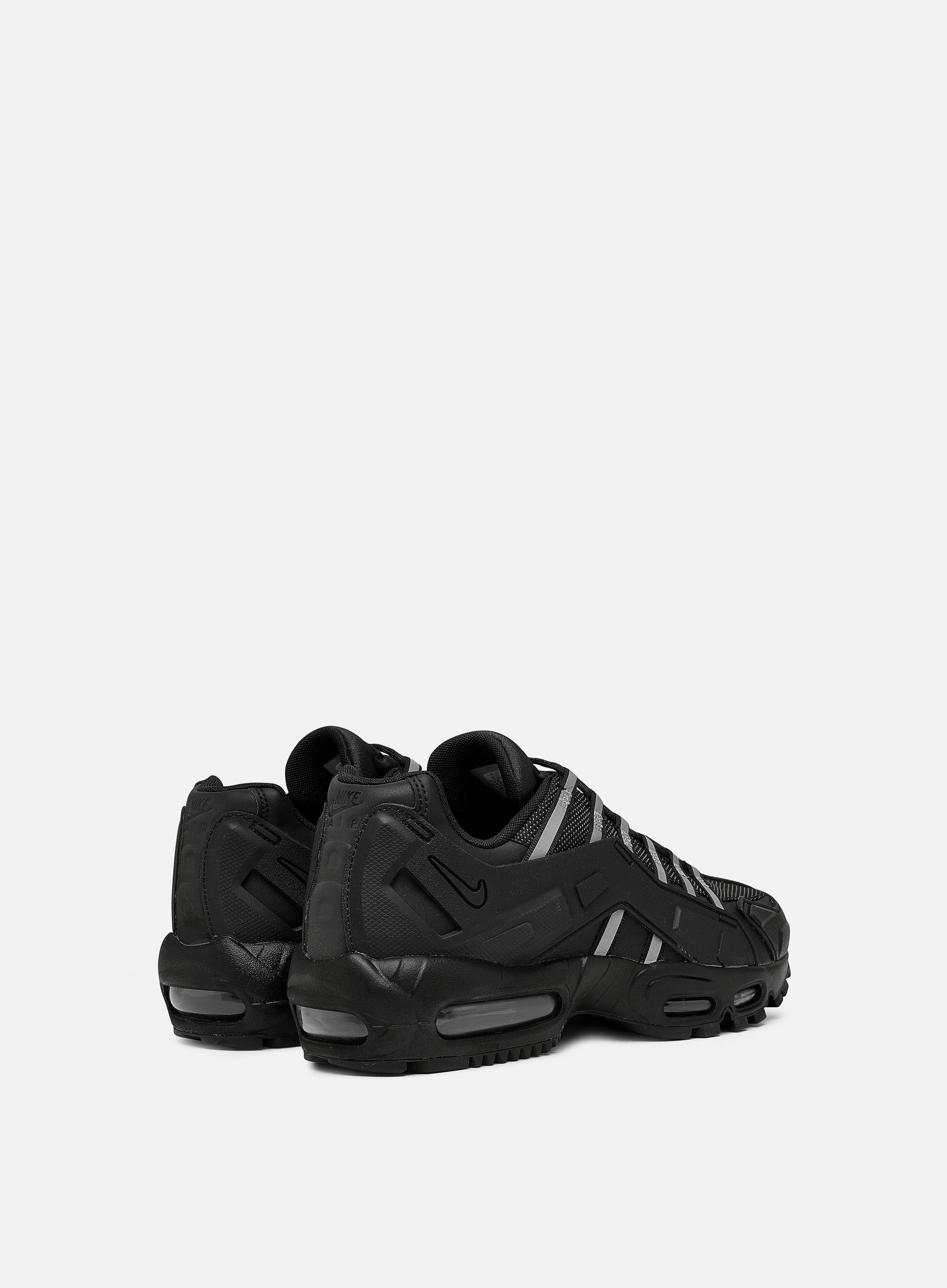 Nike Air Max 95 NDSTRKT, Black Black Black | Graffitishop