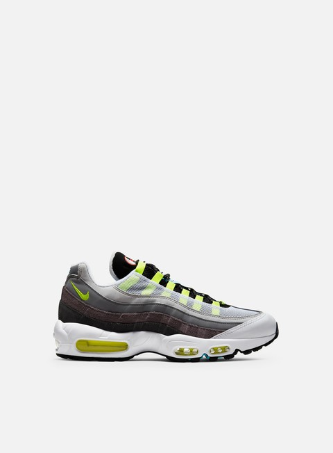 Outlet e Saldi Sneakers Basse Nike Air Max 95 QS