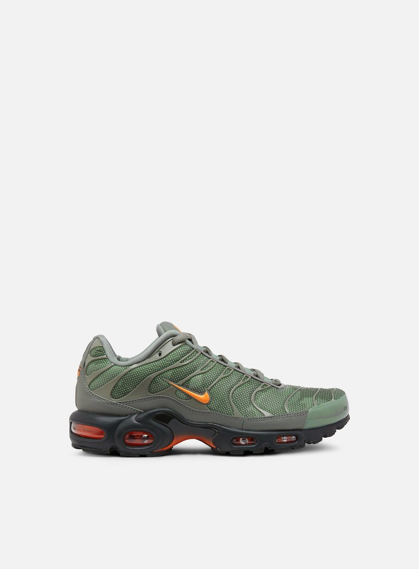 777e96ecb9 ... promo code for nike air max plus se dark stucco total orange 1 9aa28  a7783