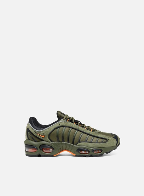 Low Sneakers Nike Air Max Tailwind IV SE