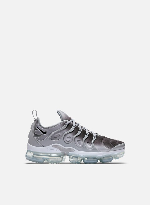 sneakers nike air vapormax plus wolf grey black white