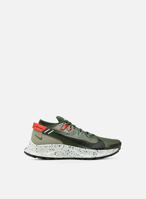 Outdoor Sneakers Nike Pegasus Trail 2