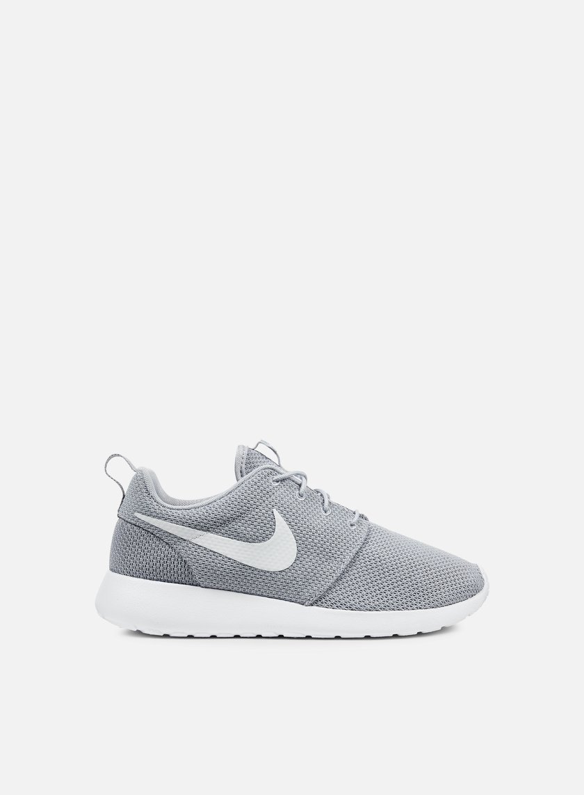 nike roshe one wolf grey white 44 50 511881 023. Black Bedroom Furniture Sets. Home Design Ideas