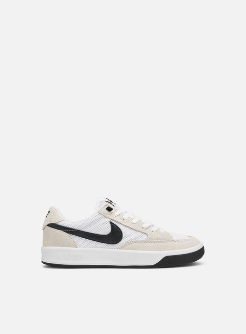 Low Sneakers Nike SB Adversary