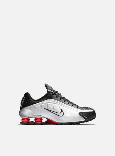 Low Sneakers Nike Shox R4