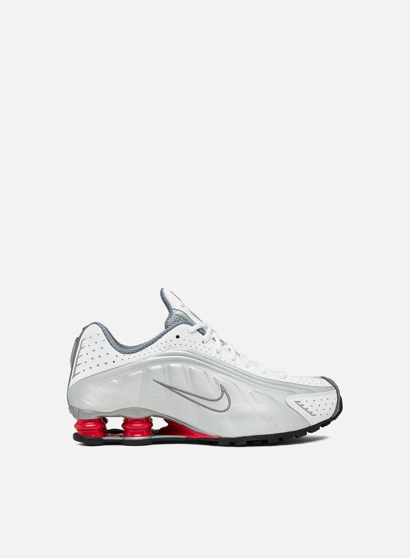 b2861f6cdb NIKE Shox R4 € 89 Low Sneakers | Graffitishop