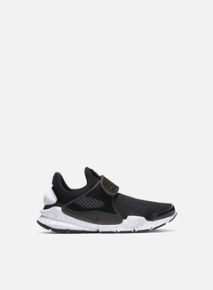 Nike - Sock Dart SE, Black/Black/White 1