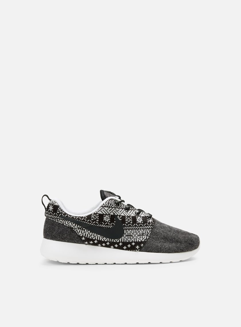 1e508010360d5 NIKE WMNS Roshe One Winter € 30 Low Sneakers