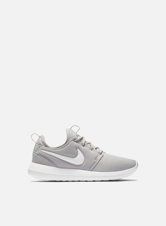 Nike - WMNS Roshe Two, Light Iron Ore/Summit White/Volt