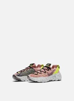 Nike WMNS Space Hippie 04