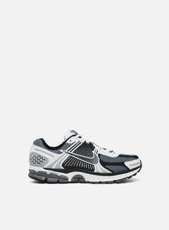 Nike - Zoom Vomero 5 SE SP, Dark Grey/Black/White/Sail