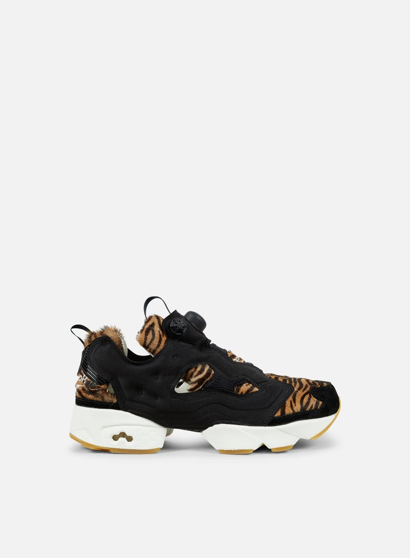 Reebok - WMNS Instapump Fury Jungle Book, Black/Gold Metallic/Chalk