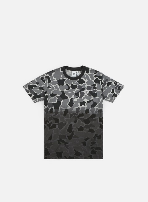 Sale Outlet Short Sleeve T-shirts Adidas Originals Camo Dipped T-shirt