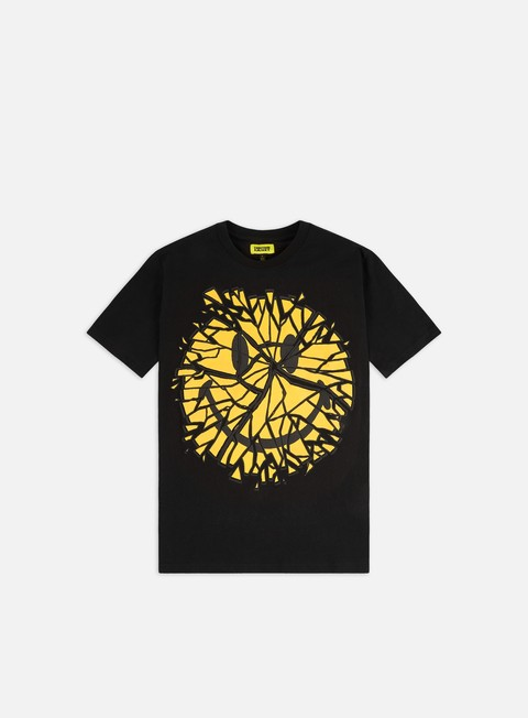 Short Sleeve T-shirts Chinatown Market Smiley Glass T-shirt