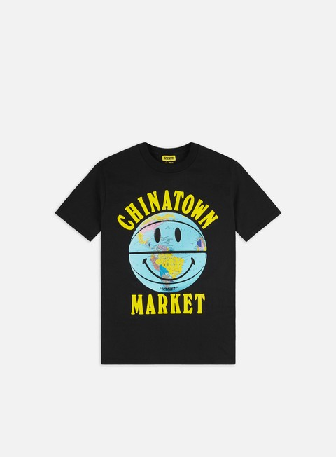 Sale Outlet Short Sleeve T-shirts Chinatown Market Smiley Globe Ball T-shirt