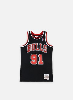 Mitchell & Ness - Chicago Bulls Swingman Jersey Dennis Rodman, Black/Red 1