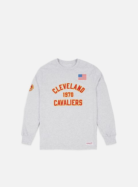 t shirt mitchell e ness estabished year ls t shirt cleveland cavaliers ash grey