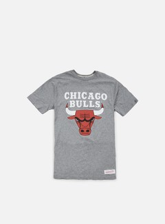 Mitchell & Ness - Team Logo Tailored T-shirt Chicago Bulls, Grey Heather 1