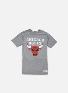 Mitchell & Ness Team Logo Tailored T-shirt Chicago Bulls