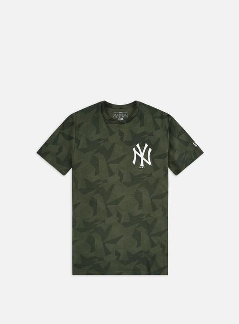 Outlet e Saldi T-shirt a Manica Corta New Era Geometric Camo T-shirt NY Yankees
