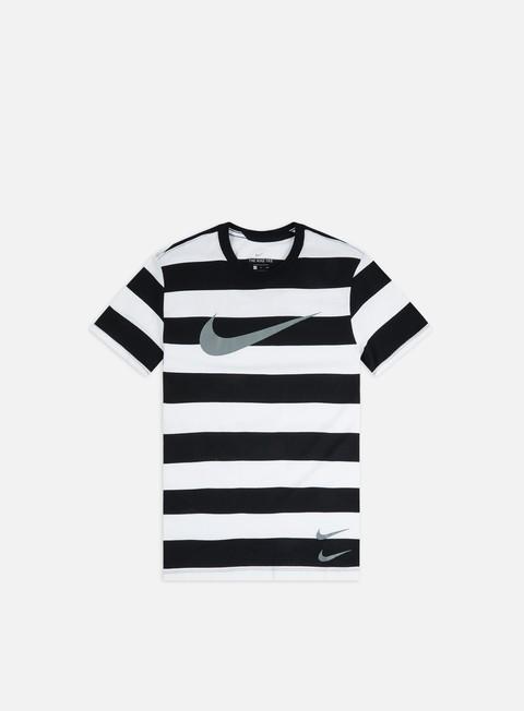 T-shirt a righe Nike NSW Swoosh Stripe T-shirt