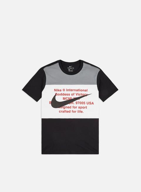 Outlet e Saldi T-shirt a Manica Corta Nike NSW Swoosh T-shirt