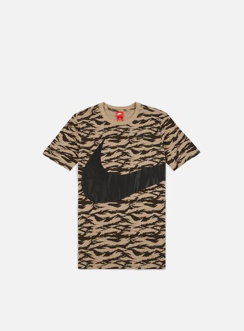 t shirt nike swoosh aop t shirt khaki black