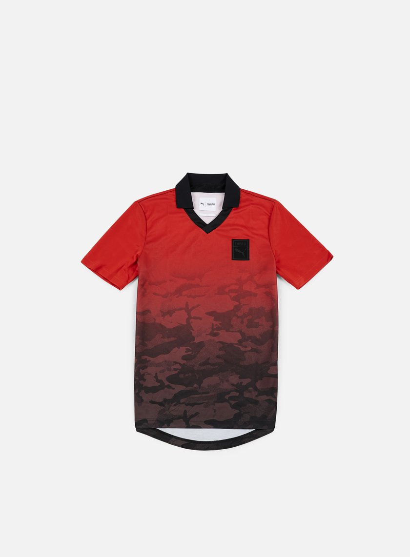 Puma - Trapstar Football T-shirt, Barbados Cherry/Trap Camo